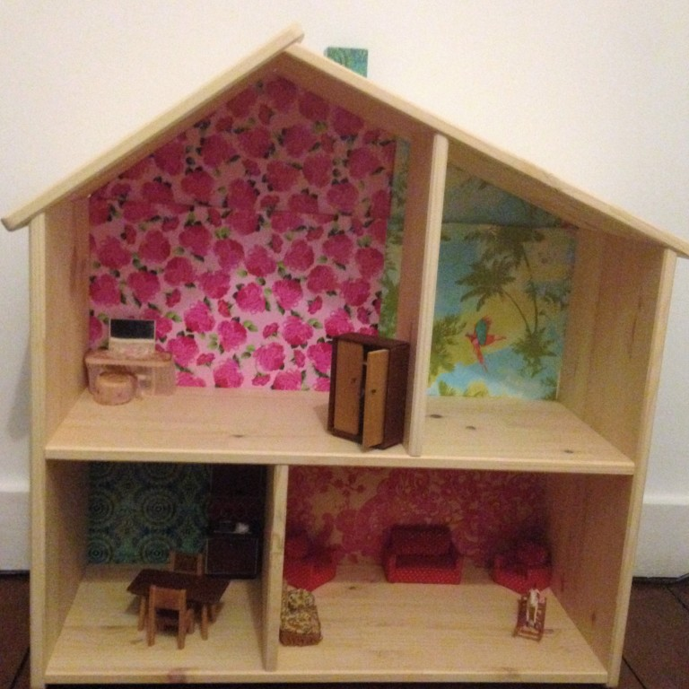 dolls-house-finished
